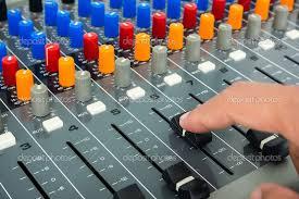 mixer-hand.jpg